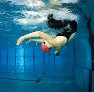 Кувырки в плавании